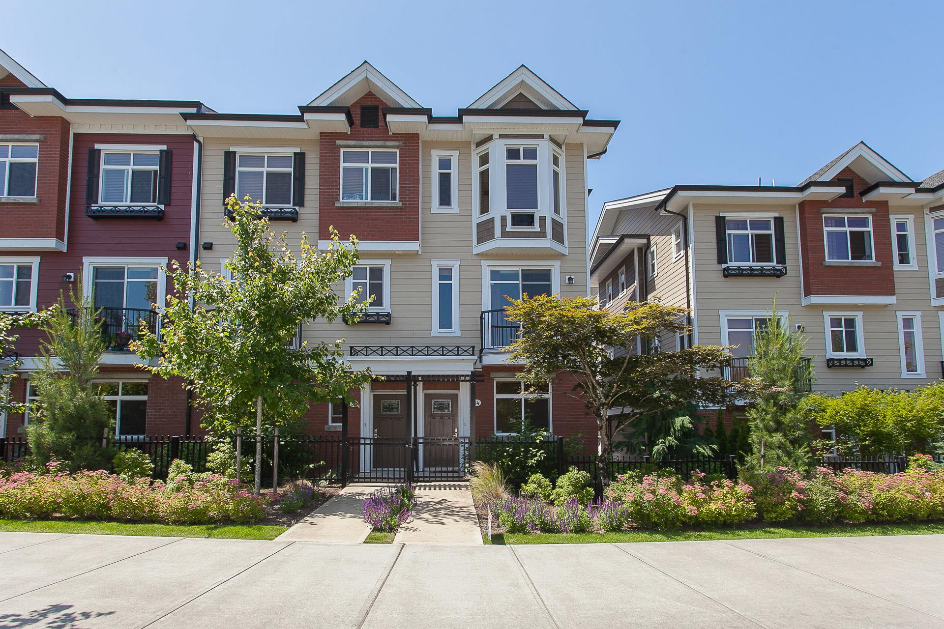 34 - 8068 207 Street, Willoughby Heights, Langley
